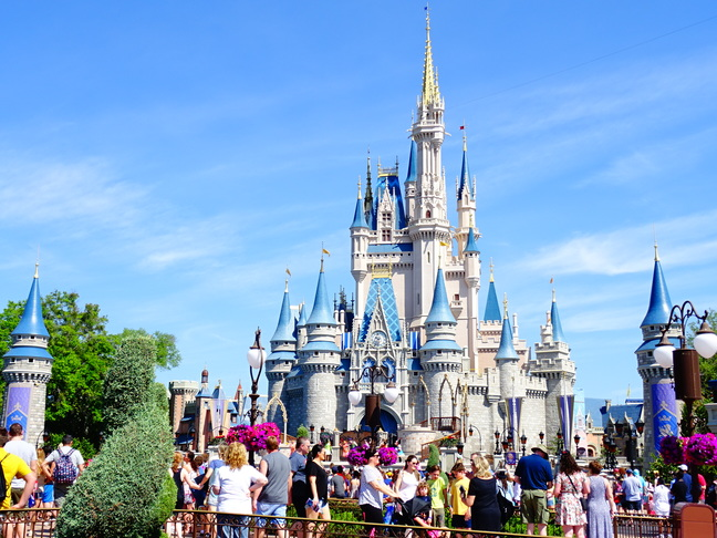 Walt Disney World Resort - Cinderella Castle in Magic Kingdom #Waltdisney #orlando Florida # thingstodo
