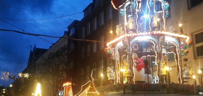 Free Things to do in Dusseldorf at Christmas time. Travel tips and inspiration.