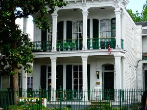 New Orleans, Louisiana - Garden District - #travel #usa #thingstodo