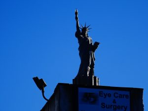 New York City - Replica of Statue of Liberty - Yankee Stadium #solo #travel #usa #nyc #thingstodo