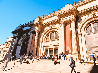 Take a virtual tour at The MET and more other ideas of how to travel when you can´t leave home!