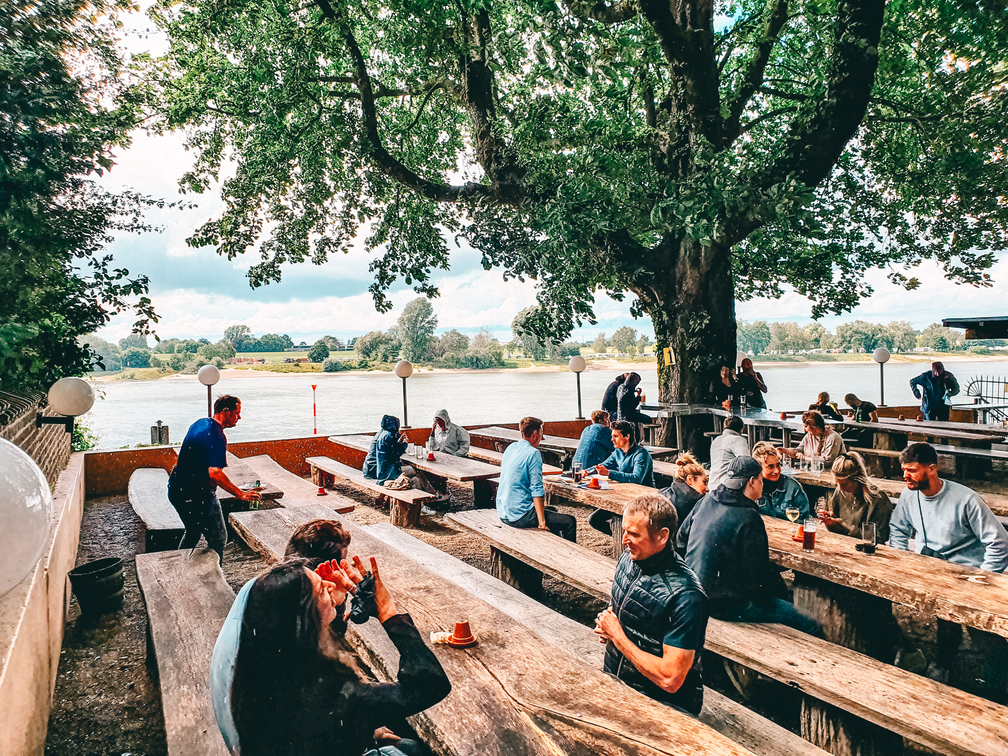 "Beer garden ""Galerie Burghof"" at the Rhine in Kaiserswerth. #thingstodo #travel #germany #europe"