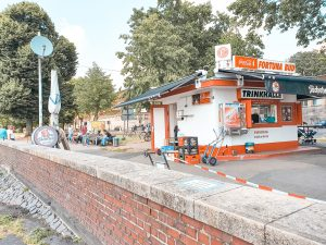 Fortuna Büdchen on the way from Old Town to Nord Park. #travel #Düsseldorf #Germany